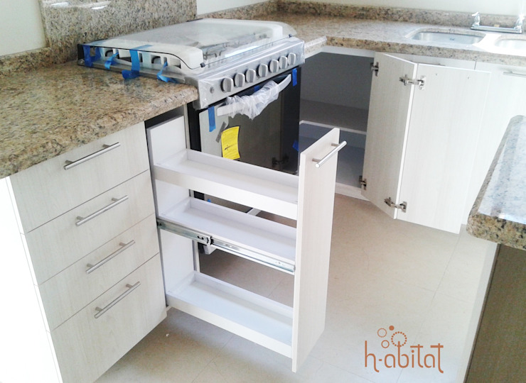 H-abitat Diseño & Interiores Modern kitchen Plywood White