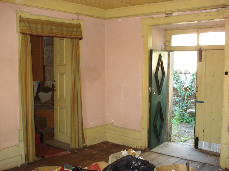 Recuperação e reabilitação de uma casa no centro histórico para residência paroquial por ADVD atelier arquitectura e design