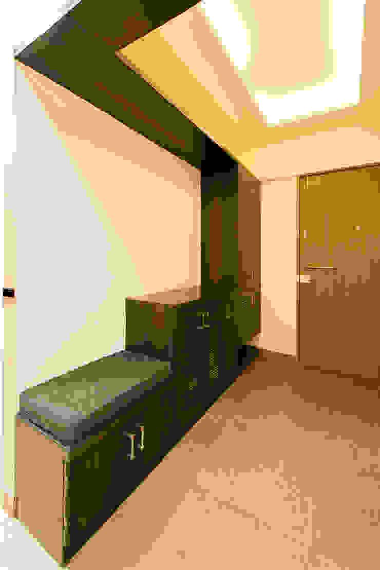 Navmiti Designs Коридор, коридор і сходиСидіння