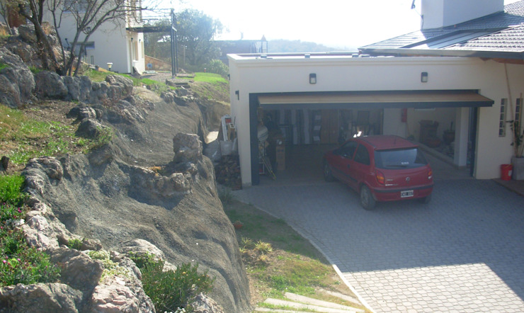 Casa Lago Modern garage/shed by renziravelo Modern