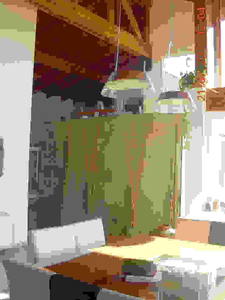 Casa Lago renziravelo Modern dining room
