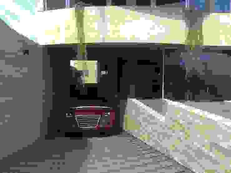 Edificio Errosion GGAL Estudio de Arquitectura โรงรถและหลังคากันแดด