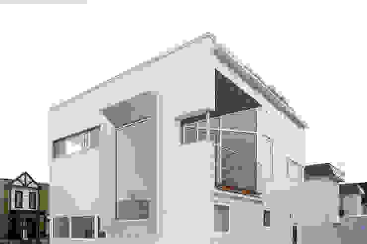 外観 ミニマルな 家 の 一級建築士事務所 Atelier Casa ミニマル 鉄/鋼