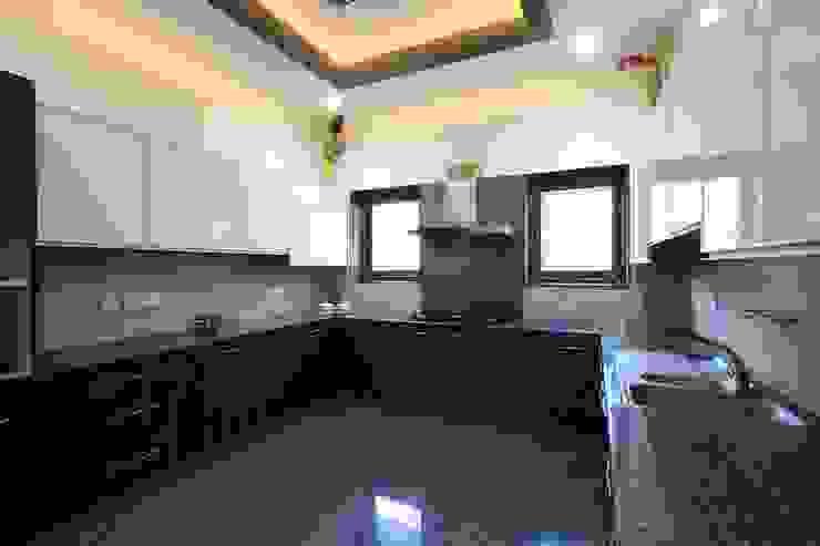 Cocinas modernas de Ansari Architects Moderno