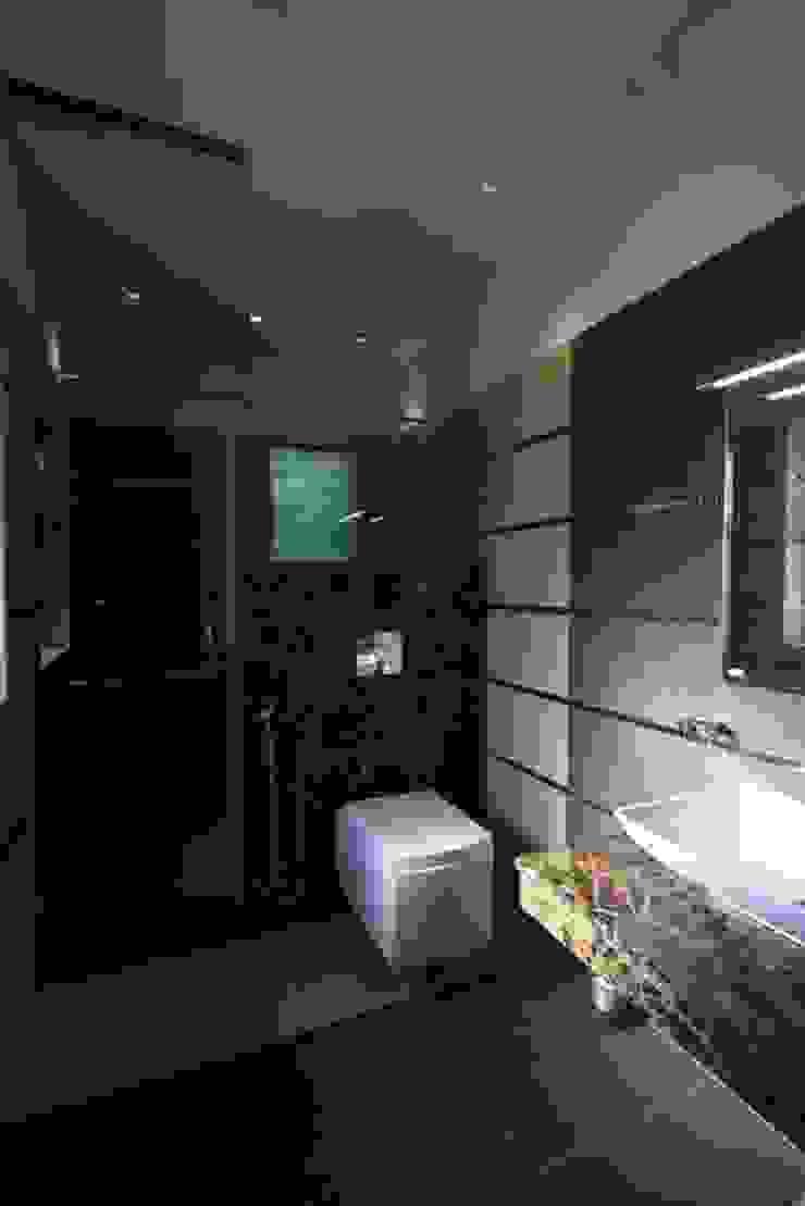 Baños de estilo moderno de Ansari Architects Moderno