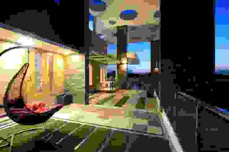 Landscaped Balcony Modern balcony, veranda & terrace by Ansari Architects Modern