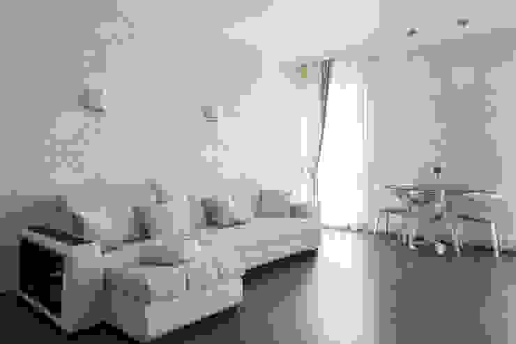 Perimeter X2 в московской квартире: Гостиная в . Автор – Carnot, Минимализм