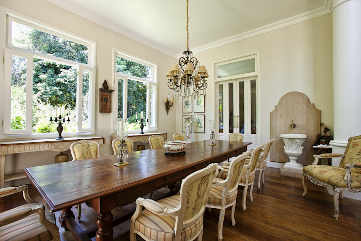 Colonial style dining room by Marcelo Bicudo Arquitetura Colonial