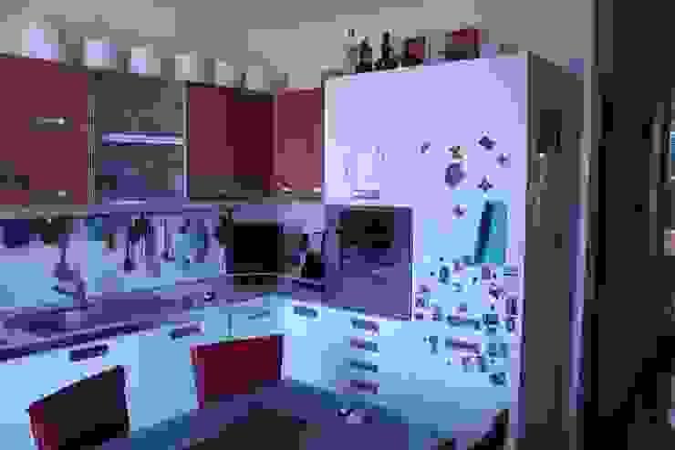 KITCHEN RENOVATION - project cool flat Modern kitchen by Severine Piller Design LLC Modern