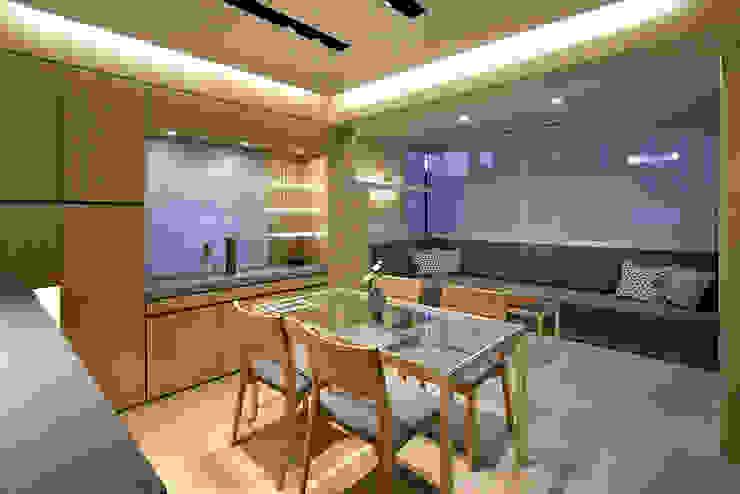 藤村デザインスタジオ / FUJIMURA DESIGIN STUDIO Salon moderne Bois Blanc