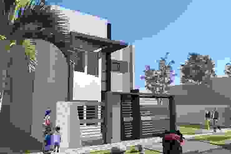 Perspectiva Oeste Casas modernas: Ideas, imágenes y decoración de NLA Arquitectura Moderno