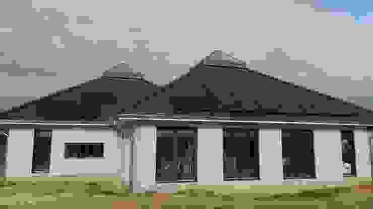 K-MÄLEON Haus GmbH Modern Houses Concrete White