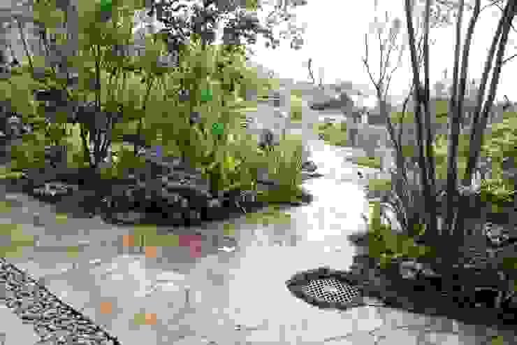 Jardines de estilo  por 庭のクニフジ,