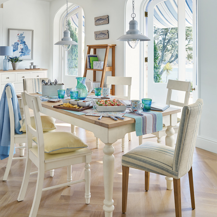 Mediterranean style dining room by Laura Ashley Decoración Mediterranean