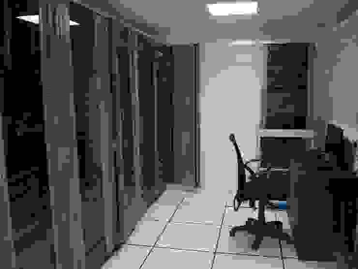 Agilisys Modern offices & stores by TRINITY DESIGN STUDIO Modern