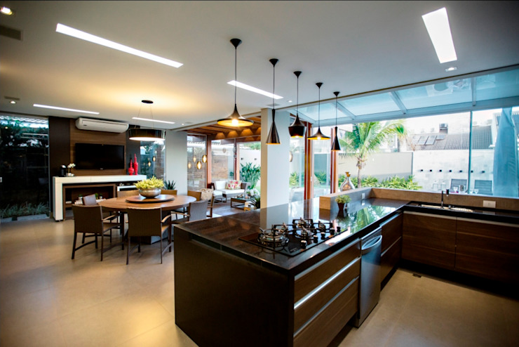 Cocinas de estilo tropical de Arquitetura Ao Cubo LTDA Tropical