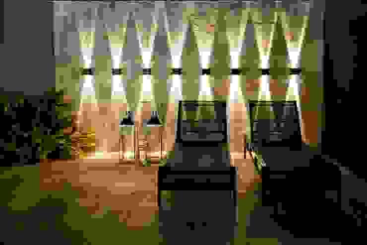 Piscinas de estilo tropical de Arquitetura Ao Cubo LTDA Tropical