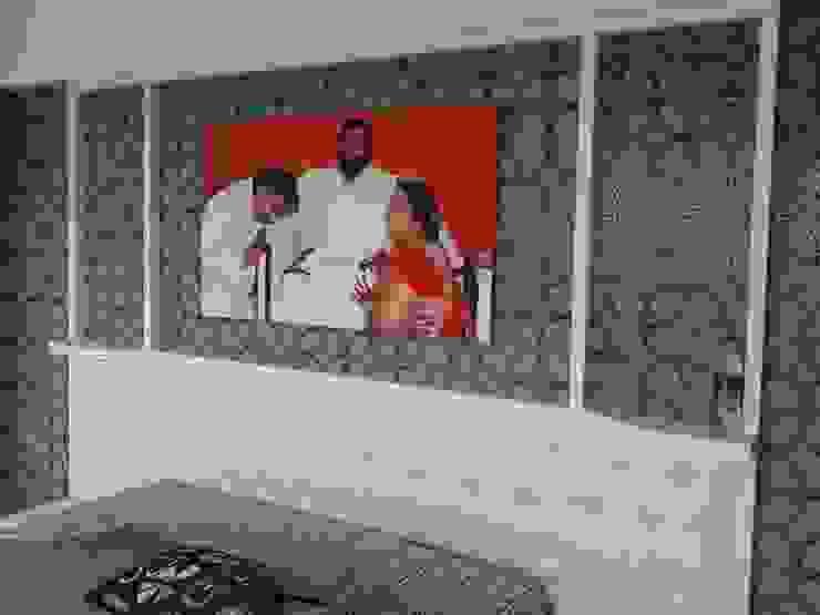 Mr Kamdar 19th Floor Modern style bedroom by TRINITY DESIGN STUDIO Modern