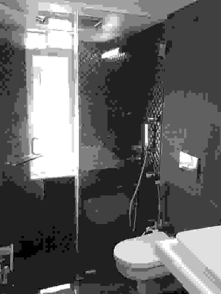 Mr Kamdar 19th Floor Modern bathroom by TRINITY DESIGN STUDIO Modern