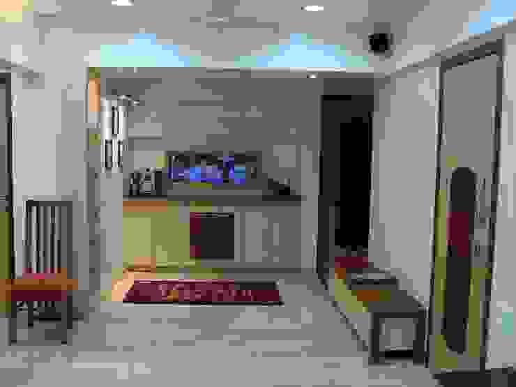 Residence Shivaji Park Modern kitchen by TRINITY DESIGN STUDIO Modern