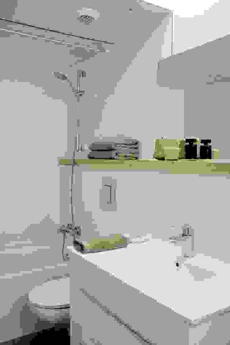 Ванная комната в стиле модерн от NOEM Модерн