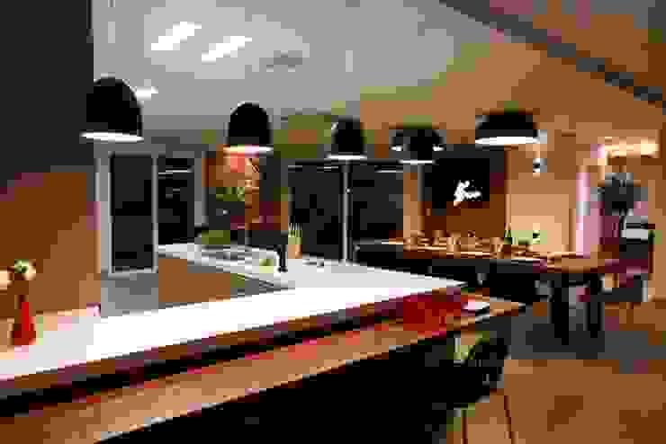 Arquitetura Ao Cubo LTDA Ruang Makan Modern