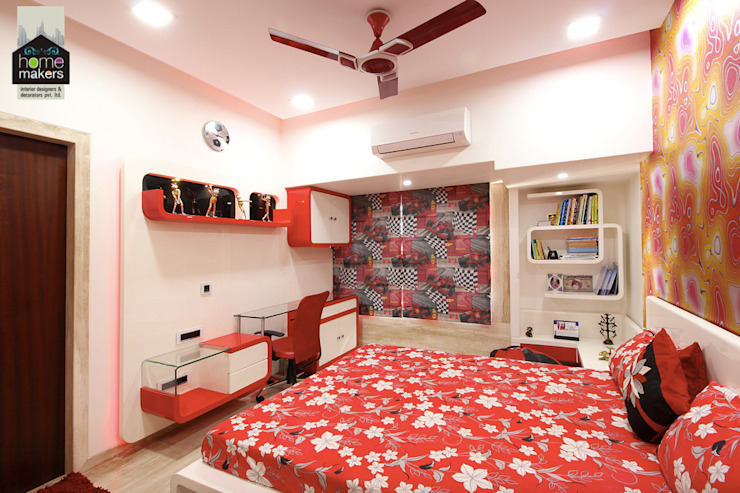 Red Bedroom:  Bedroom by home makers interior designers & decorators pvt. ltd.