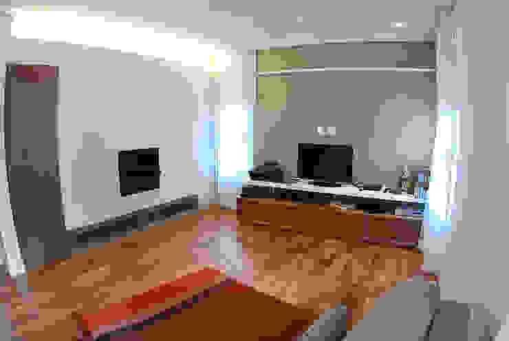 MONICA SPADA DURANTE ARQUITETURA Living room