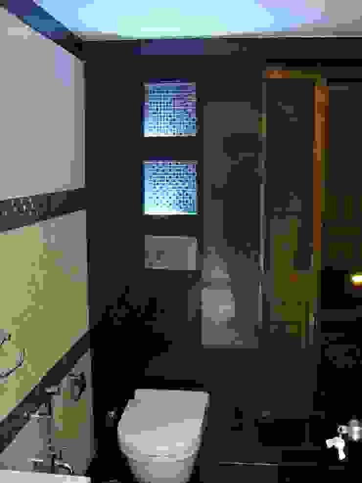 Shivaji Park Modern bathroom by TRINITY DESIGN STUDIO Modern