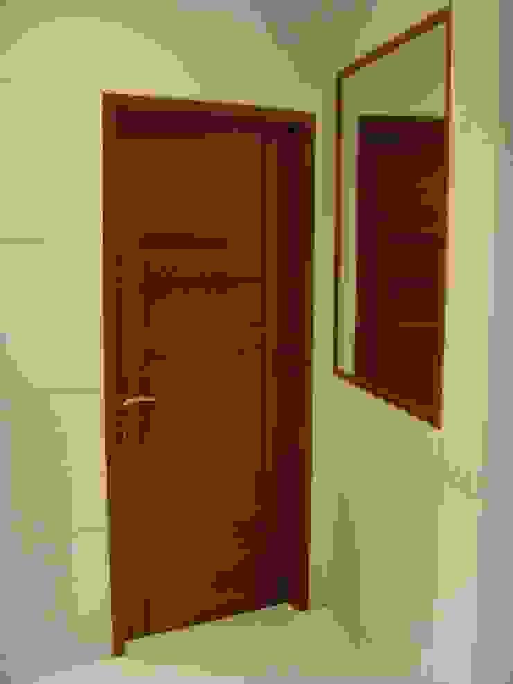 Shivaji Park Modern windows & doors by TRINITY DESIGN STUDIO Modern