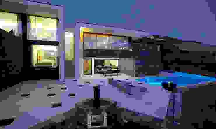 QUINTA RAINHA SANTA MAFALDA: Casas  por MHPROJECT,Moderno