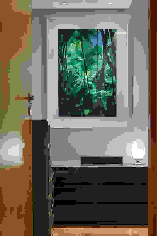 CoGa Arquitetura Modern style bedroom