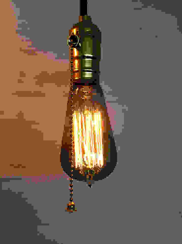 Iluminación con bombillas incandescentes de microfilamentos decorativos de ALSE Taller de Arquitectura y Diseño Moderno