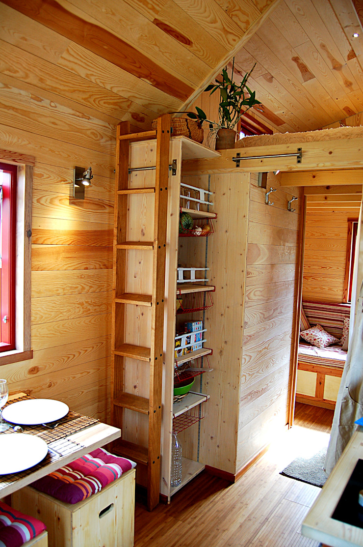 TINY HOUSE CONCEPT - BERARD FREDERIC Eclectic style houses
