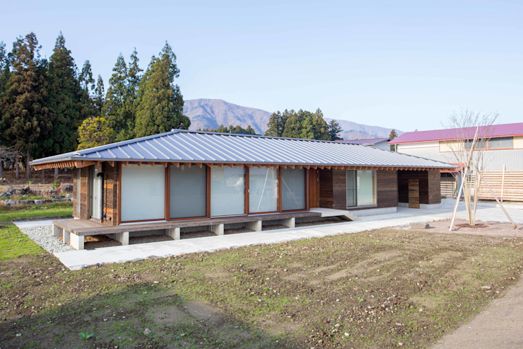 西根の家/House in NISHINE モダンな 家 の アーキテクチュアランドスケープ一級建築士事務所 モダン