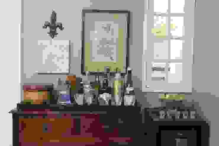 Hầm rượu phong cách Địa Trung Hải bởi Fernanda Moreira - DESIGN DE INTERIORES Địa Trung Hải