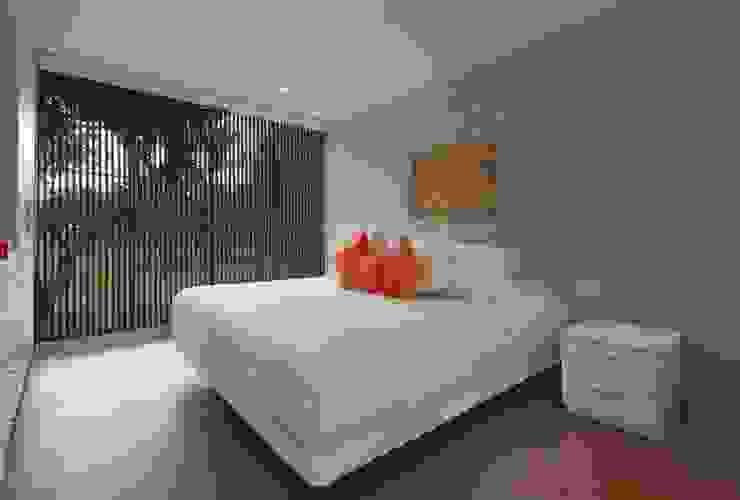 Casa Blanca Martin Dulanto Dormitorios de estilo moderno
