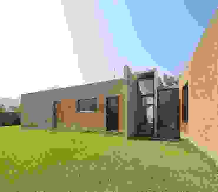 Casa oZsO Casas modernas: Ideas, diseños y decoración de Martin Dulanto Moderno