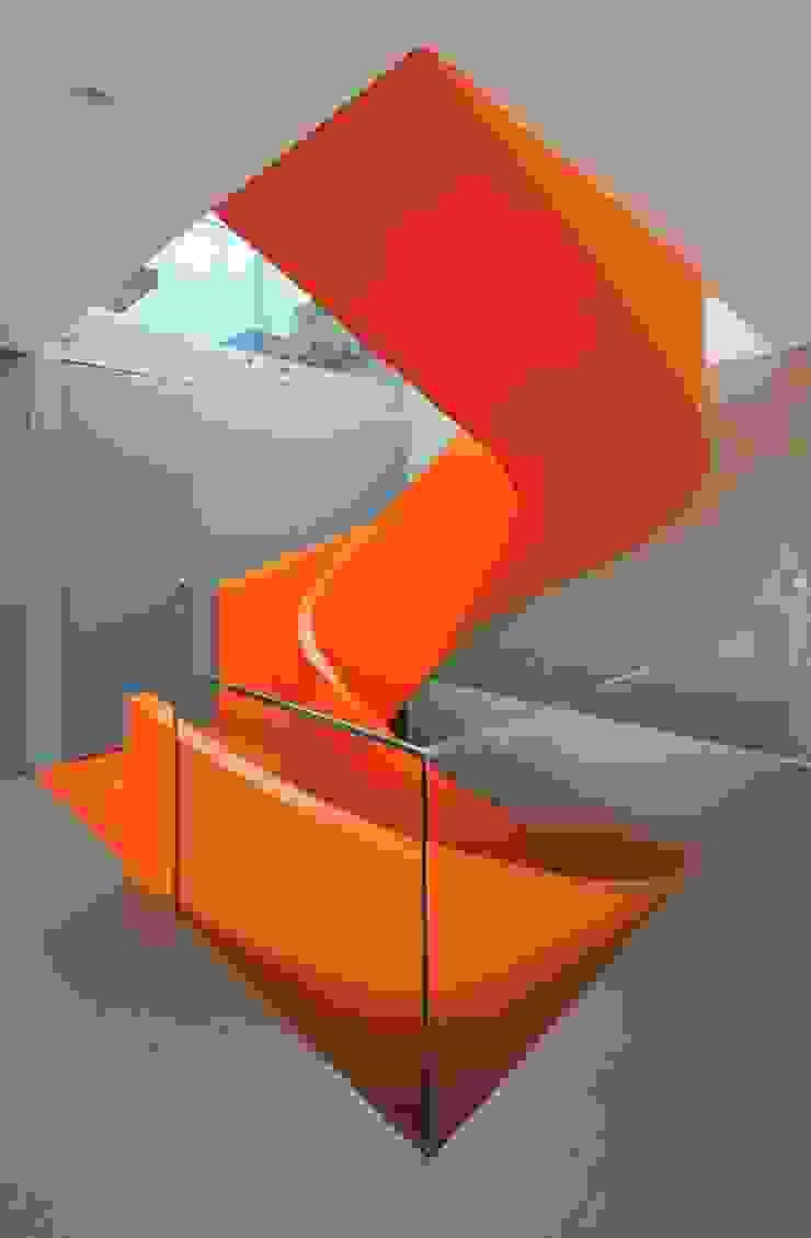 Casa Blanca Martin Dulanto Pasillos, vestíbulos y escaleras de estilo moderno