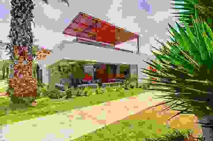 Casa Seta Moderne Häuser von Martin Dulanto Modern