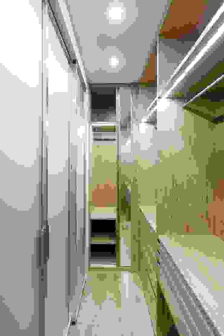 Modern Giyinme Odası ARCHILAB architettura e design Modern