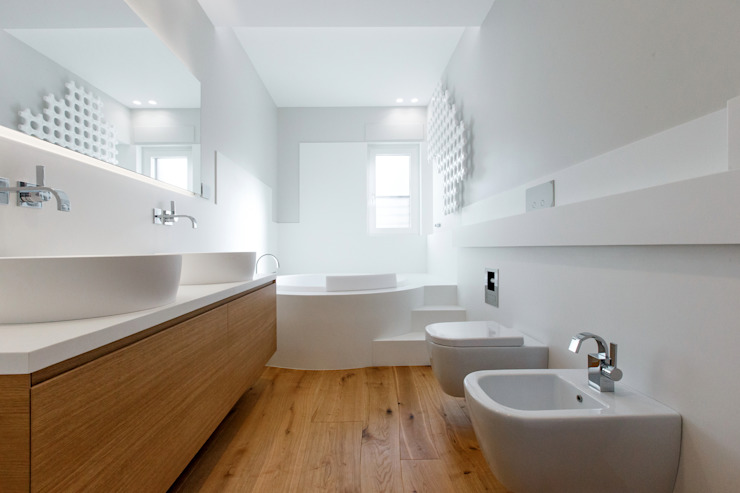 Bathroom by ARCHILAB architettura e design,