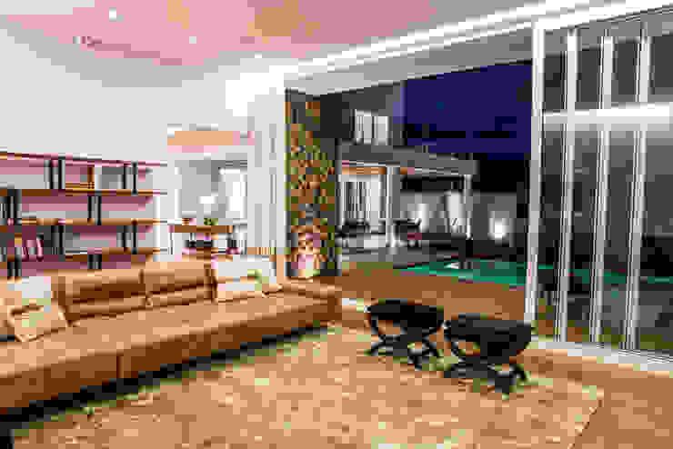 Residencia Domm Arquitetura Salas de estar modernas por Domm Arquitetura Ltda Moderno