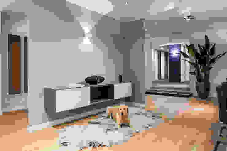 Спальня в стиле модерн от De Jager Interieur Модерн Дерево Эффект древесины