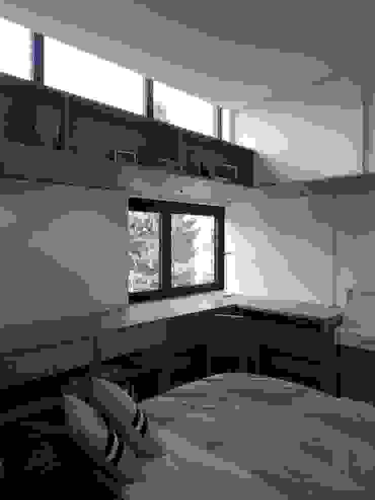 ARTERRA 臥室 刨花板 White