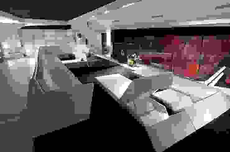 Rochene Floors Modern living room