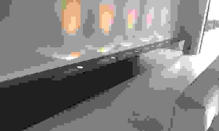 Rochene Floors Living roomLighting