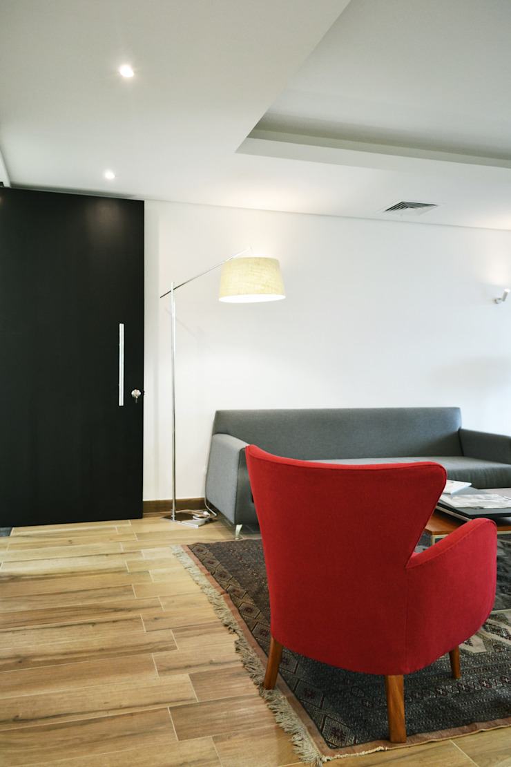 ESTUDIO BASE ARQUITECTOS Commercial Spaces