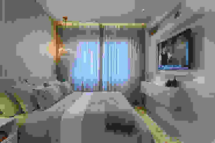 Quarto Casal Clássico Quartos clássicos por Emmanuelle Eduardo Arquitetura e Interiores Clássico