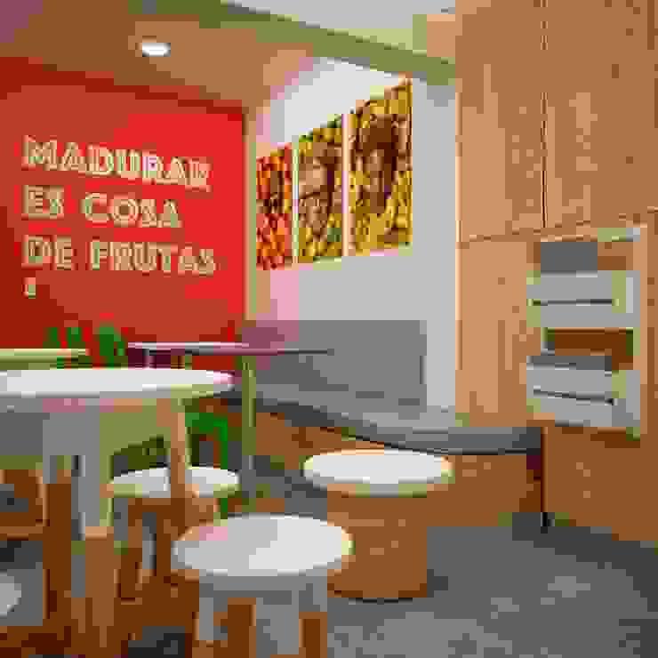 FRUTA LOCA - JUGUERIA CAFE de Kuro Design Studio Tropical